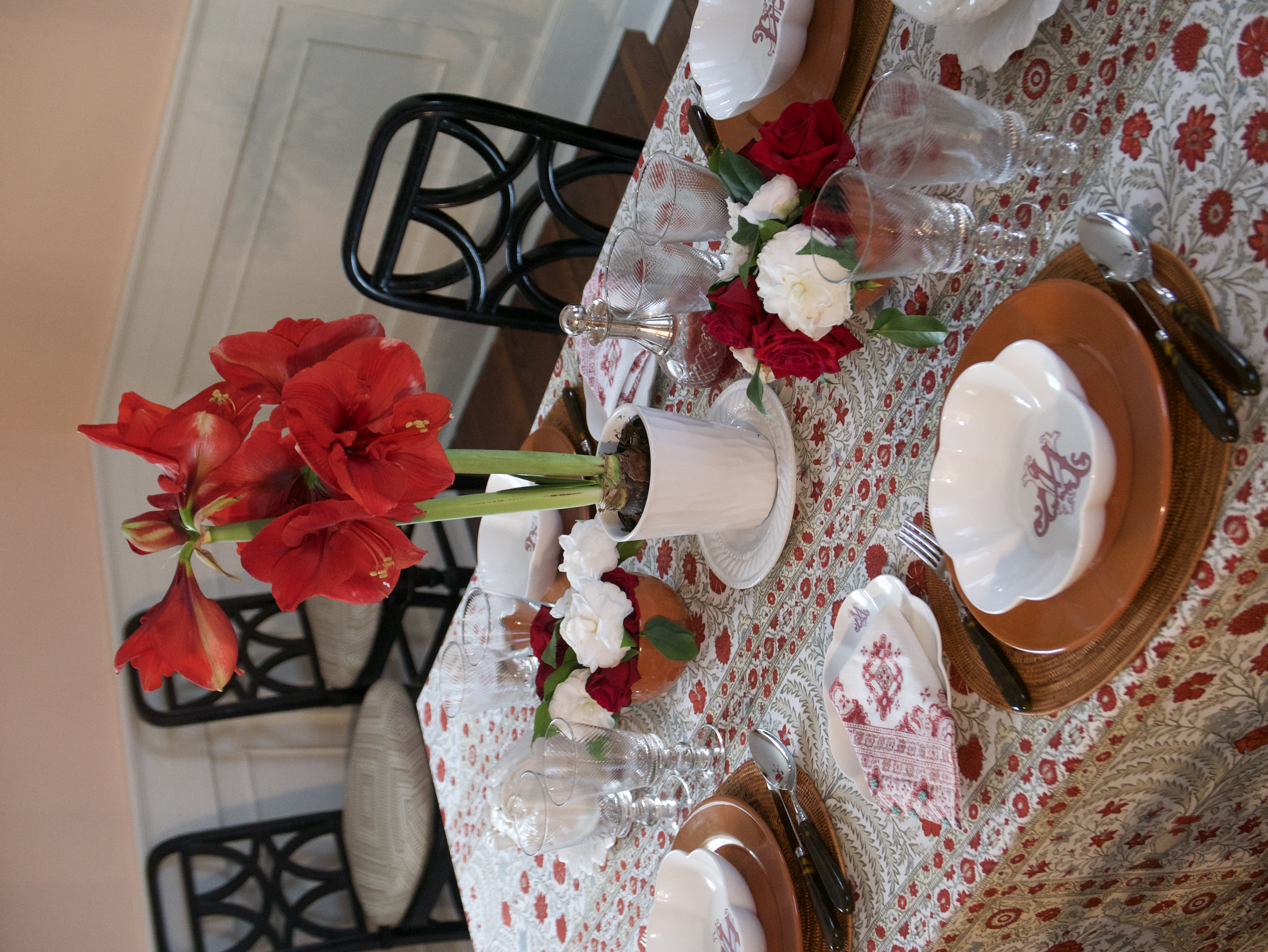 new years table setting vertical