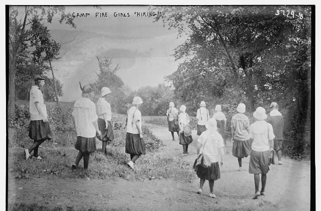 Camp Fire girls on a hike. (Public domain)