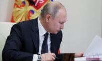 Putin Decides to Receive Sputnik Vaccine: Kremlin