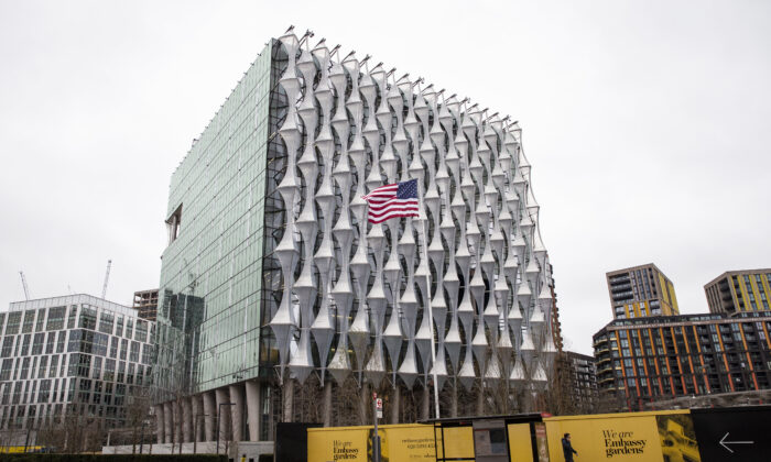 A view of the U.S. Embassy in London, England on Jan. 30, 2020. (Hollie Adams/Getty Images)