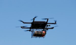 US to Allow Small Drones to Fly Over People at Night