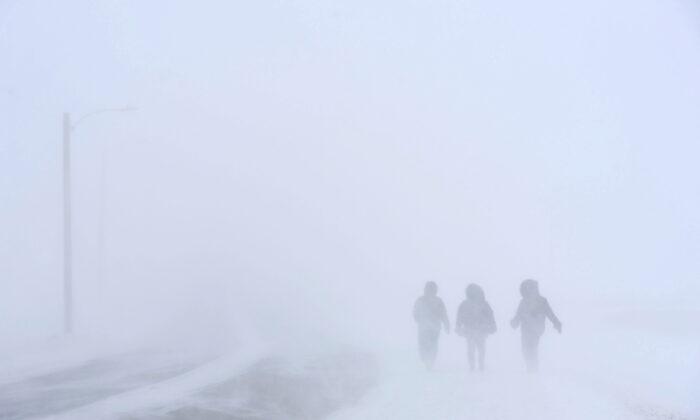 A winter storm hits Iqaluit, Nunavut on March 7, 2019. (THE CANADIAN PRESS/Sean Kilpatrick)