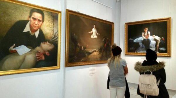 Zhen Shan Ren art exhibition