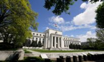 Fed Holds Interest Rates Near Zero, Expects Temporary Rise in Inflation