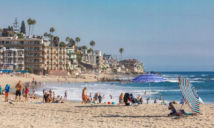 A view facing southward toward The Coast Inn from Main Beach in Laguna Beach, Calif., on Oct. 15, 2020. (John Fredricks/The Epoch Times)