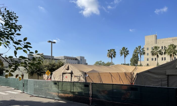 The University of California—Irvine (UCI) Medical Center opened a network of field hospital rooms Dec. 29 in the center's parking lot due to Orange County's spike in COVID-19 cases. (Drew Von Voorhis/The Epoch Times)