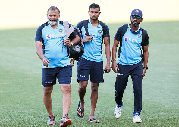 Members of the Indian Cricket team arrive during an Indian Nets Session at Adelaide Oval in Adelaide, Australia on Dec. 16, 2020. (Daniel Kalisz/Getty Images)