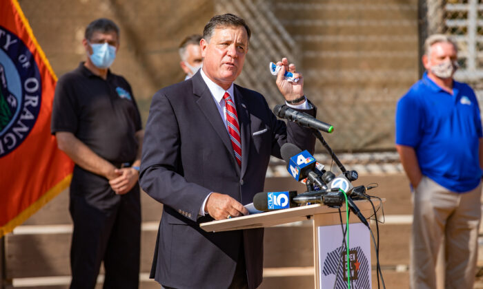 Orange County Supervisor Don Wagner calls on Governor Newsom to resume sports activities in Orange County at a press conference at Tustin Sports Park in Tustin, Calif., on Oct. 19, 2020. (John Fredricks/The Epoch Times)