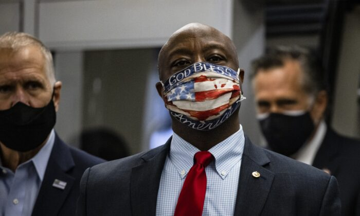 Sen. Tim Scott (R-S.C.) steps off the Senate subway in Washington on Nov. 12, 2020. (Samuel Corum/Getty Images)