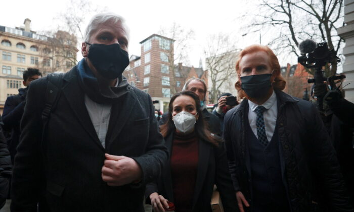 Stella Morris, partner of WikiLeaks founder Julian Assange, Editor in Chief of WikiLeaks Kristinn Hrafnsson and WikiLeaks Ambassador Joseph Farrell arrive at the Westminster Magistrates Court ahead of a hearing as lawyers for WikiLeaks founder Julian Assange seek bail for their client in London, Britain on Jan. 6, 2021. (Hannah McKay/Reuters)
