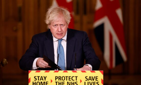 Boris Johnson Says Lockdown 'Starting to Have an Effect' in Curbing CCP Virus