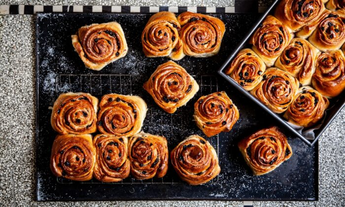 """Ysewijn champions some of Britain's most popular bakes—such as the Chelsea bun, which back in early 18th-century London may have been """"the first sweet confection that people ever queued for in masses,"""" she writes, and remains ubiquitous in British bakeries today—alongside nearly forgotten regional gems. (Regula Ysewijn)"""