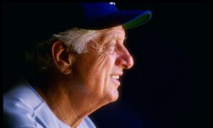 LA Pays Tribute to Tommy Lasorda After Former Dodger Manager's Death