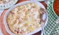 Cheesy Cauliflower and Bacon Gratin