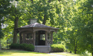 Find Lucille Ball, Mark Twain, and Salad Dressing in Upstate N.Y.