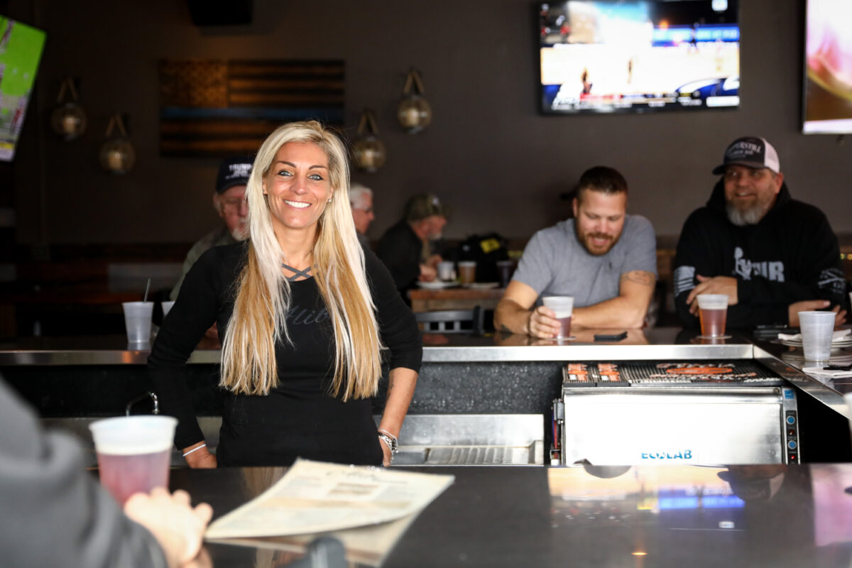 Minnesota Bar Owner Fights System Over Shutdowns