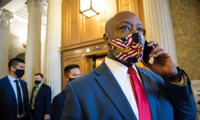 Sen. Tim Scott (R-S.C.) leaves the Senate floor at the U.S. Capitol in Washington on Jan. 1, 2020. (Liz Lynch/Getty Images)