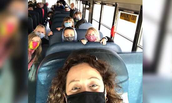 Principal Drives Bus to Take Students Back Home Safely Amid COVID-19 Staff Shortages