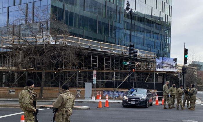 National guard soldiers outside of L'Enfant Plaza metro station in Washington on Jan. 17, 2021. (Terri Wu / Epoch Times)