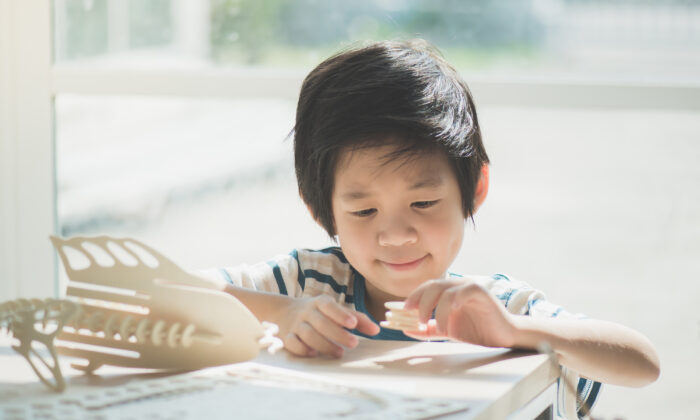 Classes can be helpful, but the time and freedom to apply the knowledge they learn allow kids to delve deeper into their interests. (ANURAK PONGPATIMET/Shutterstock)