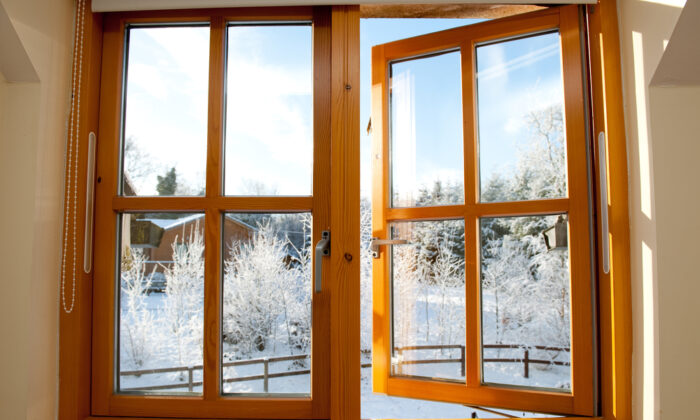 Replacing a windowpane is not difficult, but doing it right requires a certain amount of attention and skill. (CTatiana/Shutterstock)