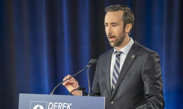 Conservative Party of Canada leadership candidate Derek Sloan makes his opening statement at the start of the French Leadership Debate in Toronto on June 17, 2020. (Frank Gunn/The Canadian Press)