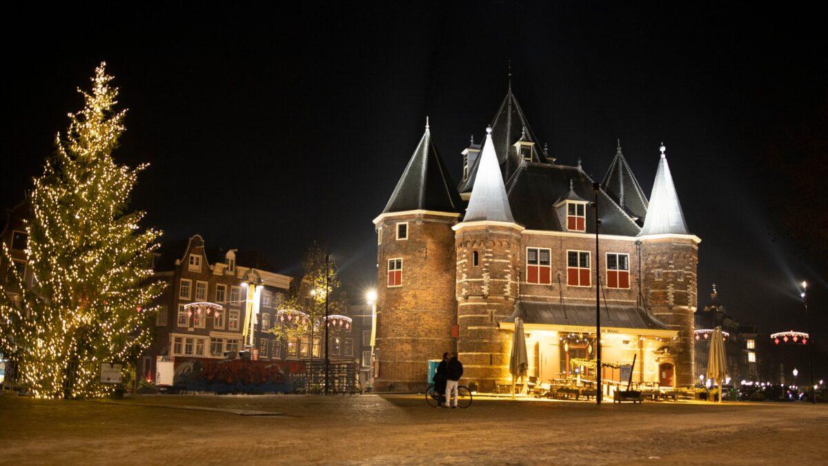 The near-deserted Nieuwmarkt square