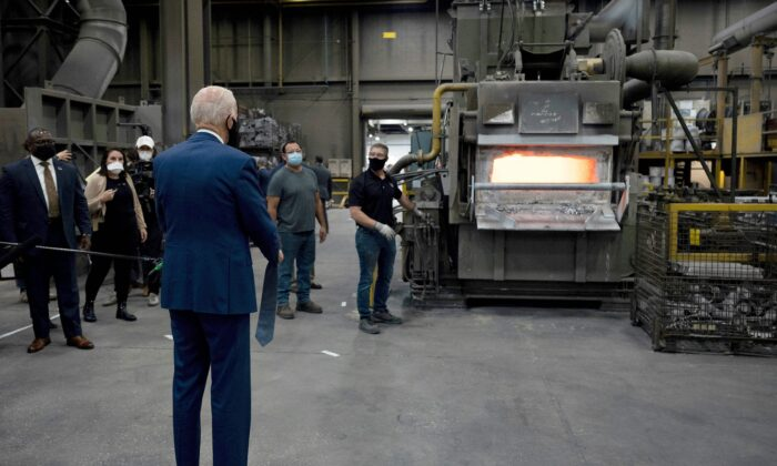 Then-Democratic presidential candidate Joe Biden visits an aluminum manufacturing facility in Manitowoc, Wis., on Sept. 21, 2020. (Jim Watson/AFP via Getty Images)