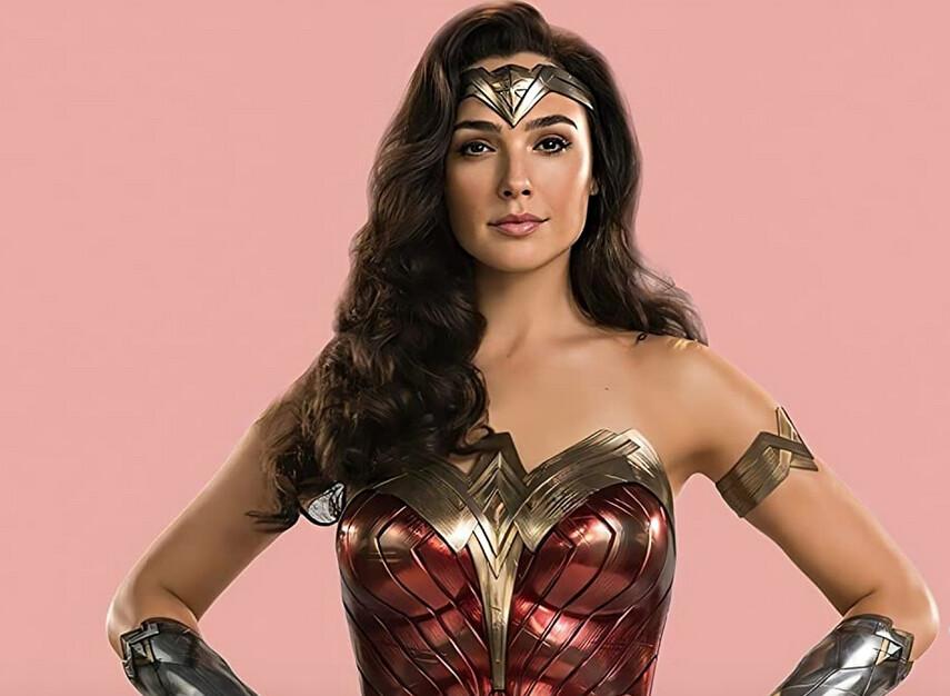 "woman with long dark hair in superhero outfit in ""Wonder Woman 1984"""