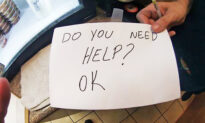 Waitress Saves Boy From Abusive Parents by Secretly Holding a Sign: 'Do You Need Help?'