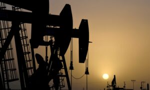Biden Administration Pauses Federal Drilling Program in Climate Push