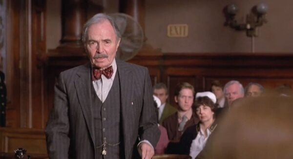 _old lawyer in court