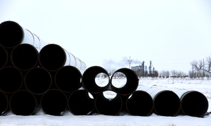 A depot used to store pipes for the planned Keystone XL oil pipeline in Gascoyne, N.D., on Jan. 25, 2017. (Terray Sylvester/Reuters)