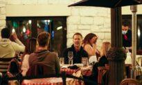 Chicago Restaurants, Bars Officially Resume Indoor Service