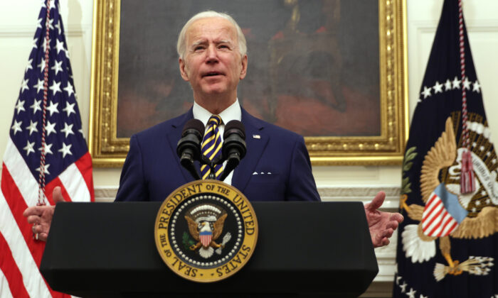 U.S. President Joe Biden speaks during an event on economic crisis in the State Dining Room of the White House on Jan. 22, 2021. (Alex Wong/Getty Images)