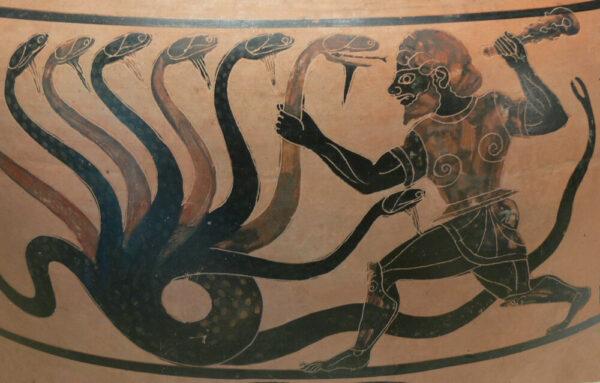 Hydra on pottery
