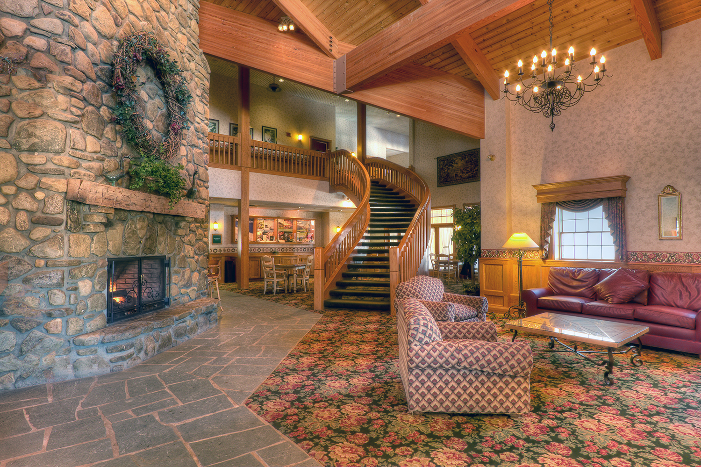 The-Inn-lobby1500