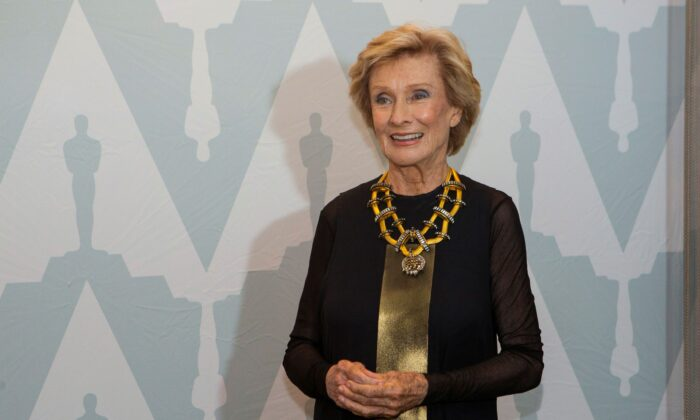 "Actress Cloris Leachman poses at a 40th anniversary screening of ""Young Frankenstein"" at the Academy of Motion Picture Arts and Sciences Samuel Goldwyn theatre in Beverly Hills, Calif., on Sept. 9, 2014. (Mario Anzuoni/Reuters)"