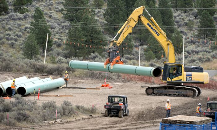 Construction of the Trans Mountain pipeline in Kamloops, B.C., on Sept. 1, 2020. (The Canadian Press/Jonathan Hayward)
