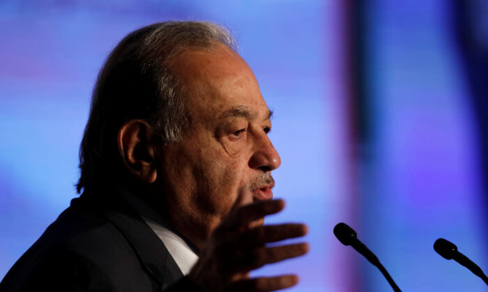 Mexican billionaire Carlos Slim addresses the audience during an event in Mexico City, Mexico on Nov. 27, 2019. (Luis Cortes/Reuters/