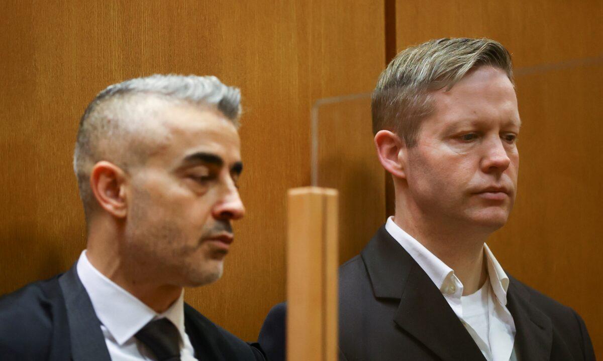 Main defendant Stephan Ernst and his lawyer Mustafa Kaplan