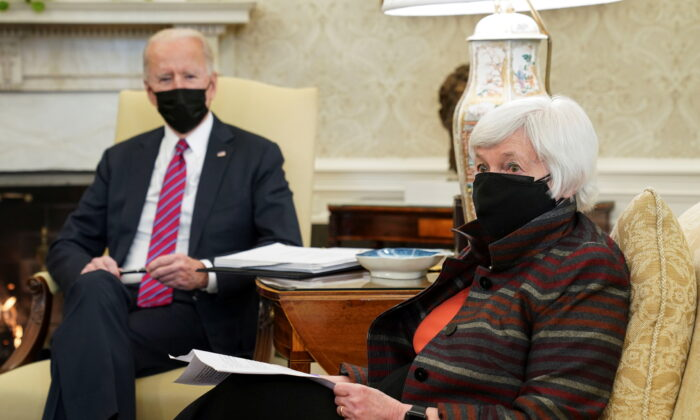 President Joe Biden receives an economic briefing with Treasury Secretary Janet Yellen in the Oval Office at the White House in Washington on Jan. 29, 2021. (Kevin Lamarque/Reuters)