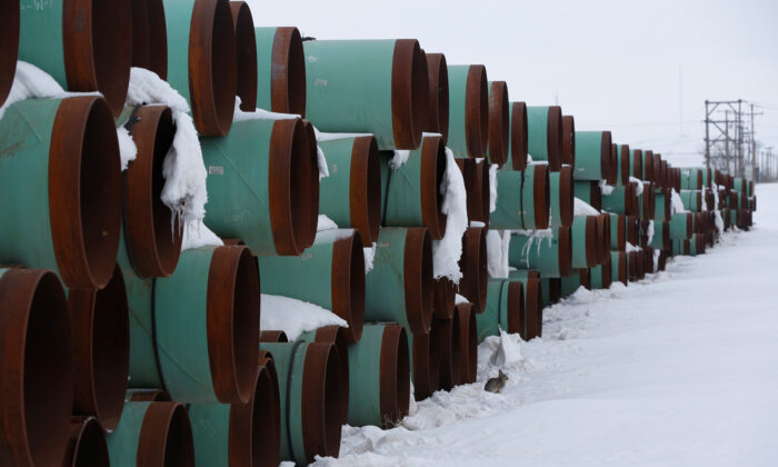 A depot used to store pipes for Transcanada Corp's planned Keystone XL oil pipeline in Gascoyne, N.D., on Jan. 25, 2017. (Terray Sylvester/Reuters)