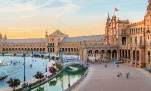 Stupendously Spanish: Seville's Plaza de España