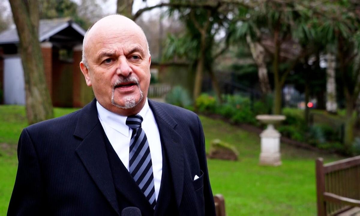 John Harris Funeral Director Lon