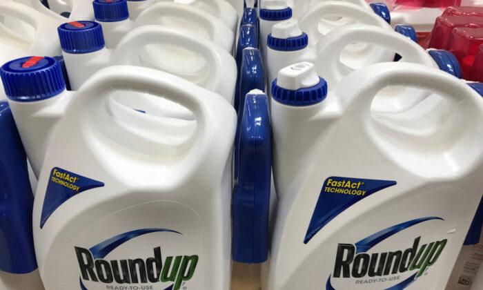 Monsanto Co's Roundup is shown for sale in Encinitas, California, June 26, 2017. (Mike Blake/Reuters)