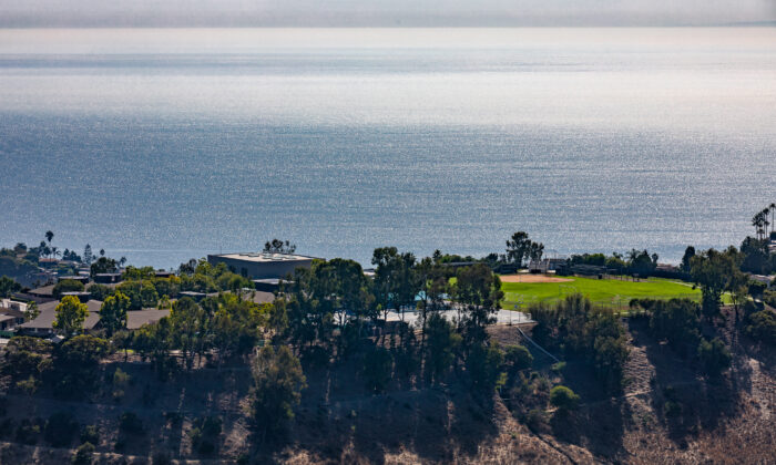 Thurston Middle School in Laguna Beach, Calif., on Oct. 15, 2020. (John Fredricks/The Epoch Times)