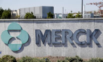 US Spending $1.2 Billion on Merck's COVID-19 Treatment Is a 'Waste of Taxpayers' Money': Doctor