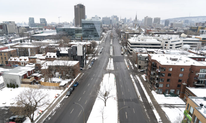 A near-empty Rene-Levesque Boulevard is seen under Quebec's new COVID-19 lockdown in Montreal, on Jan. 13, 2021. (The Canadian Press/Paul Chiasson)