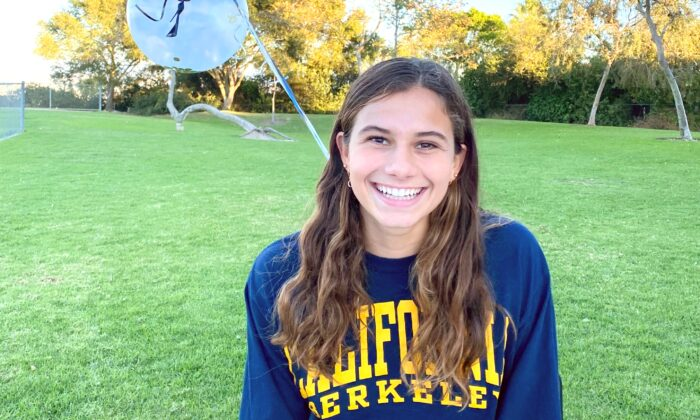 High school senior Jessie Rose plans to play water polo for the University of California–Berkeley beginning in the fall of 2021. (Courtesy of Jessie Rose)